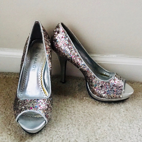 ebfebde43b45f Women's Sparkly Pumps - Size 6